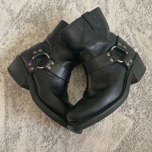 Harley-Davidson black leather riding boots